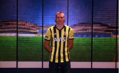 Fenerbahçe, Szalai'yi Eljif ve Vedat ile ikna etti