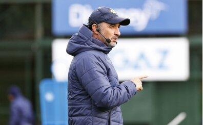 Vitor Pereira'dan öğrencilerine: 'Kazanılacak çok maç var'
