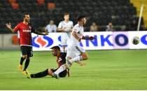 Beşiktaş, 9 kişiyle Gazişehir'den çıkamadı!