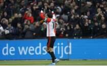 Feyenoord, PSV'yi Steven Berghuis ile yıktı!