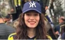 Fenerbahçe taraftarından Neslican Tay'a özel pankart