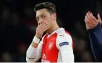 Mesut Özil'den 'ayrılık' isteğine cevap geldi
